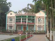 Magpie Resort